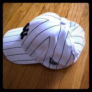 New York Yankees striped hat